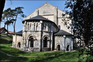 ノートルダム・ド・ラ・ファン・デ・テール教会